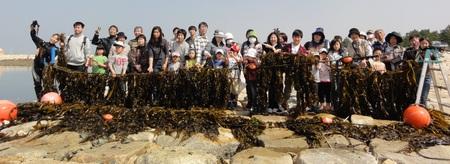 「みんなでワカメを育てよう!収穫祭」 in せんなん里海公園_c0108460_21431416.jpg