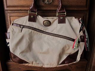 バッグは「生きざま」を運ぶ?_b0141773_19182674.jpg