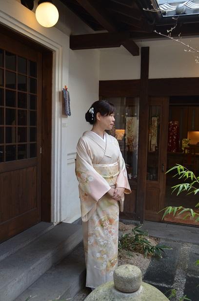 糸目友禅の訪問着を纏い、卒業式へ_d0230676_9461481.jpg