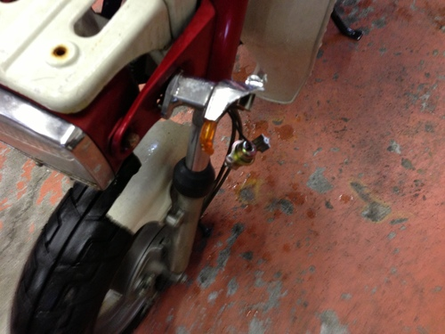 ランディー50修理完了!_a0164918_14572789.jpg