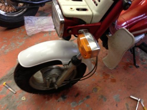 ランディー50修理完了!_a0164918_14585578.jpg