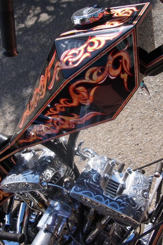 「美術品」としてバイクを眺める_d0122640_20591229.jpg