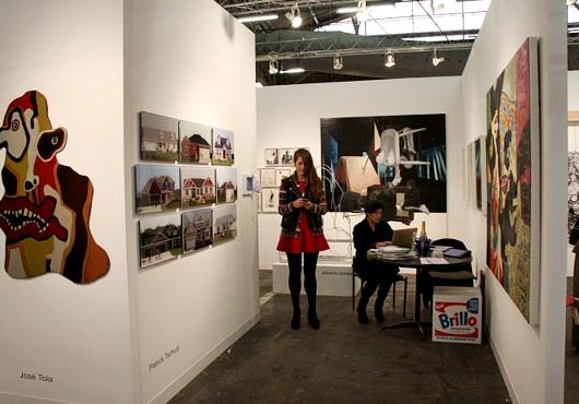 NY最大の美術展覧会「アーモリー・ショー」 The Armory Show(会場の雰囲気編)_b0007805_6425750.jpg