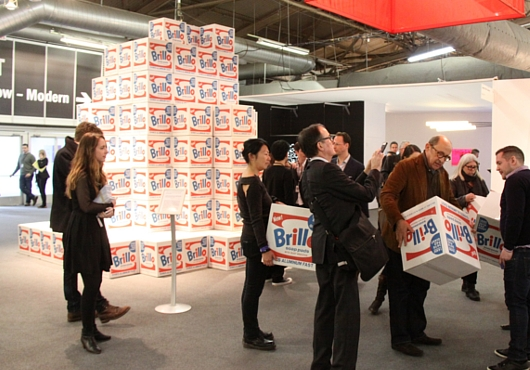 NY最大の美術展覧会「アーモリー・ショー」 The Armory Show(会場の雰囲気編)_b0007805_6434498.jpg