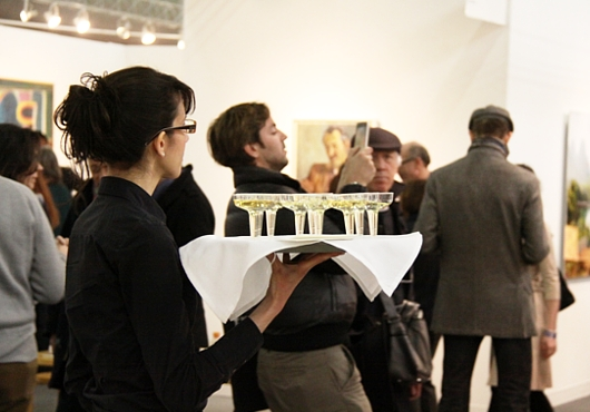 NY最大の美術展覧会「アーモリー・ショー」 The Armory Show(会場の雰囲気編)_b0007805_6473250.jpg