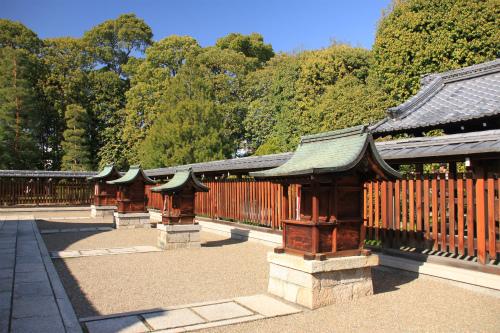 城南宮の梅と椿 雅の世界  京都_d0055236_18323438.jpg