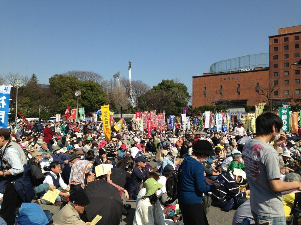もれなく日本から出て行ってほしい_d0044584_8265560.jpg