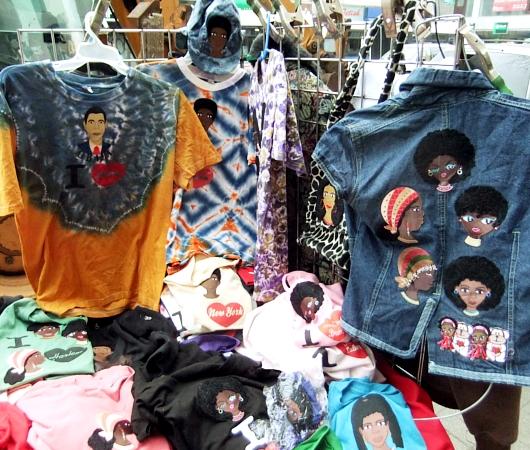 ニューヨークの街角で見かけた母への愛たっぷりのファッション・アイテム_b0007805_9161211.jpg