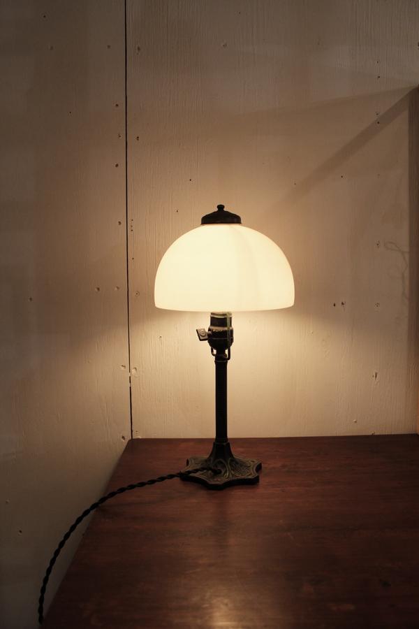 『昭和初期鉄製スタンド照明』_f0192906_23545025.jpg