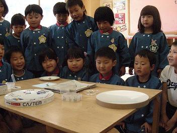 保育園でコマまわし_a0272042_18182795.jpg