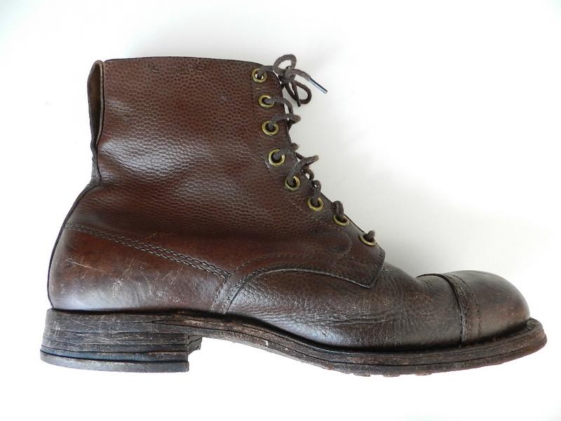 Swedish army 40's brown boots_f0226051_1353688.jpg