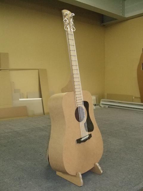 Guitar Stand_e0189870_16563118.jpg