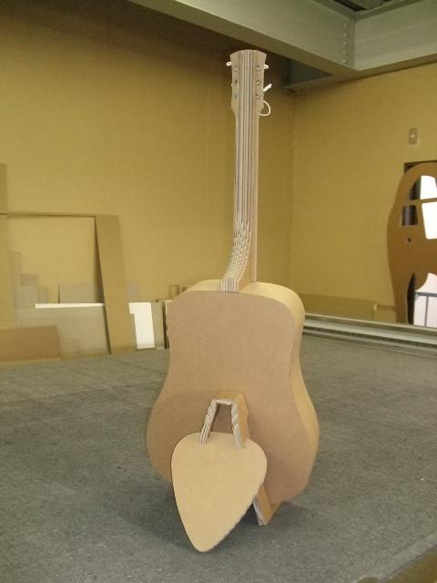 Guitar Stand_e0189870_16565135.jpg
