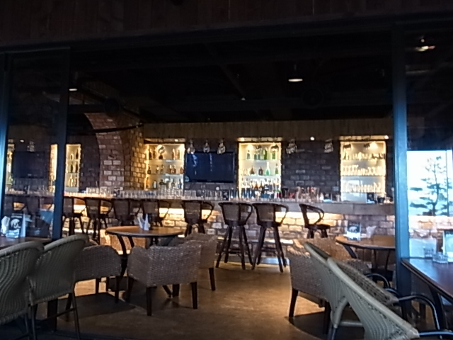 4日目 PARIS カフェ BAR 広安里 釜山 ワイン_e0141982_4475723.jpg