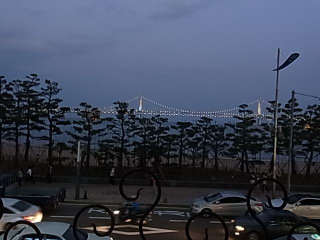 4日目 PARIS カフェ BAR 広安里 釜山 ワイン_e0141982_571678.jpg