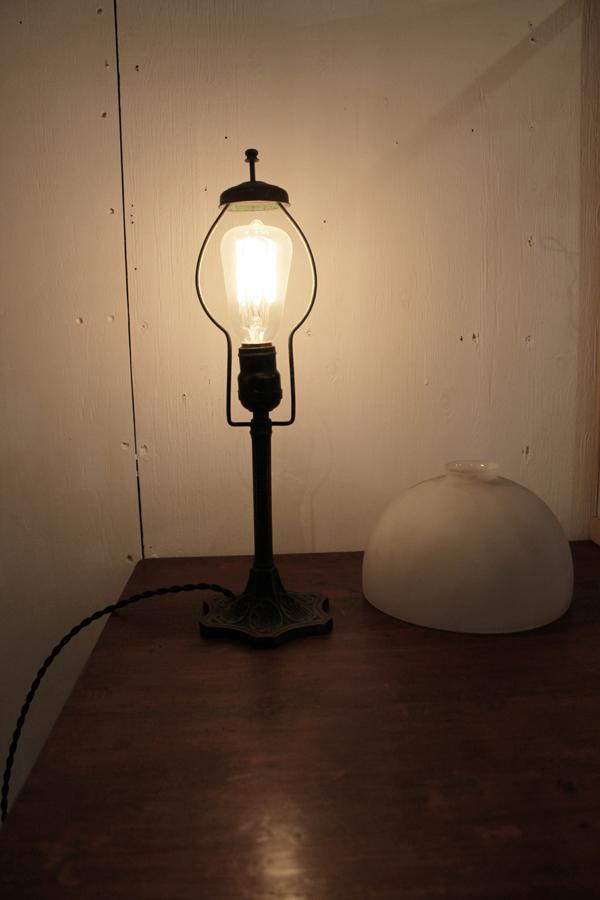 『昭和初期鉄製スタンド照明』_f0192906_011546.jpg