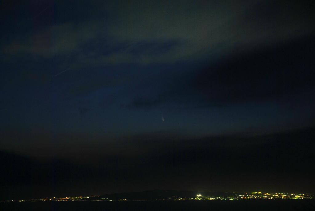 彗星はここだ!_f0043750_21594193.jpg