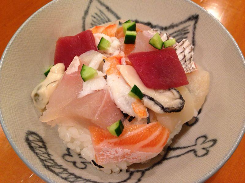 今日の海鮮丼_c0110051_003115.jpg