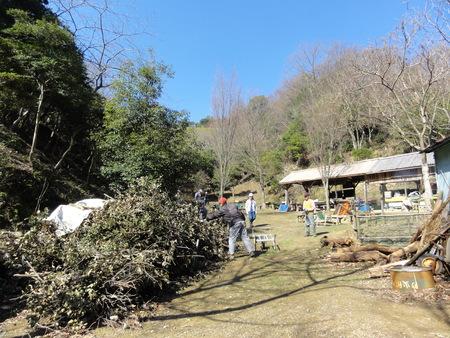 ウグイスが鳴いています  in  孝子の森_c0108460_1825299.jpg