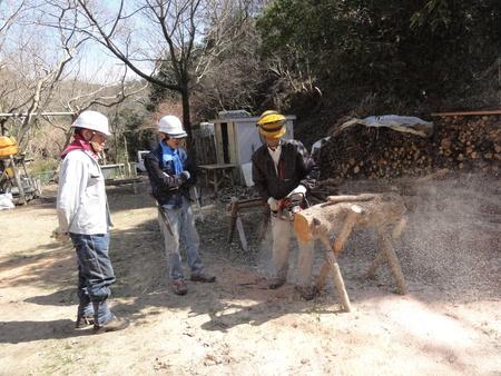 ウグイスが鳴いています  in  孝子の森_c0108460_1834852.jpg