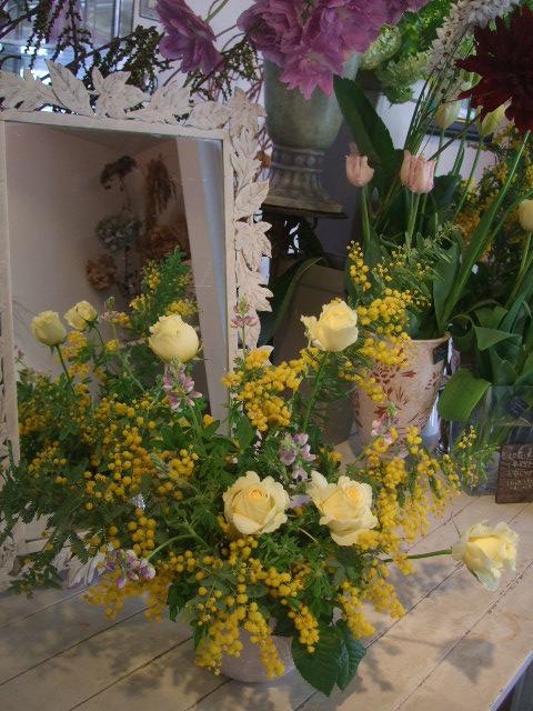 オークリーフ花の教室(松井さんと吉岡さんの作品)_f0049672_1514831.jpg