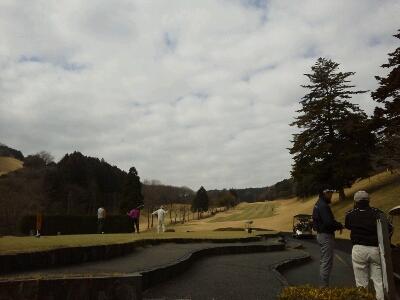 上総富士ゴルフクラブでゴルフ_d0057733_239314.jpg