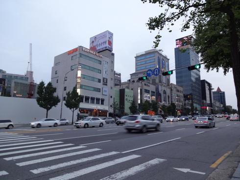 8月のソウル旅行 その5  ステキカフェ「ONL」♪& 次のソウル♪_f0054260_8364113.jpg