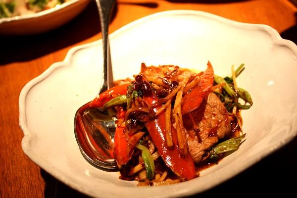 「ナーム」のシェフ、デイヴィッド・トンプソンの『タイ・ストリートフード Thai Street Food』_e0152073_18584054.jpg
