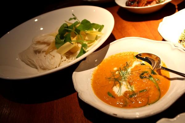「ナーム」のシェフ、デイヴィッド・トンプソンの『タイ・ストリートフード Thai Street Food』_e0152073_18584992.jpg