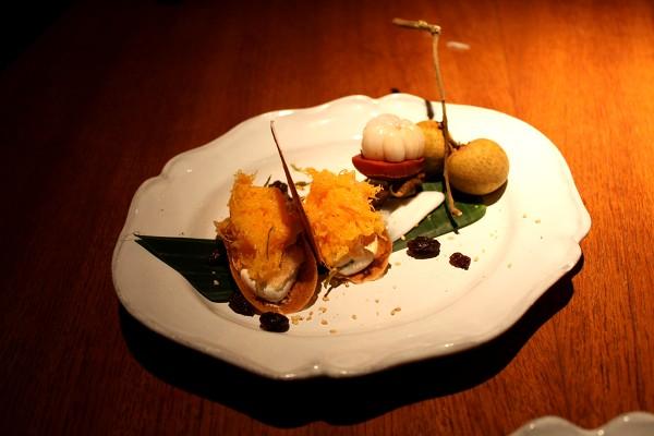 「ナーム」のシェフ、デイヴィッド・トンプソンの『タイ・ストリートフード Thai Street Food』_e0152073_18584998.jpg