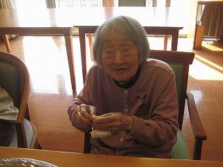 食事作り<アクティブライフ芦屋・グループホーム つつじ>_c0107602_13294121.jpg