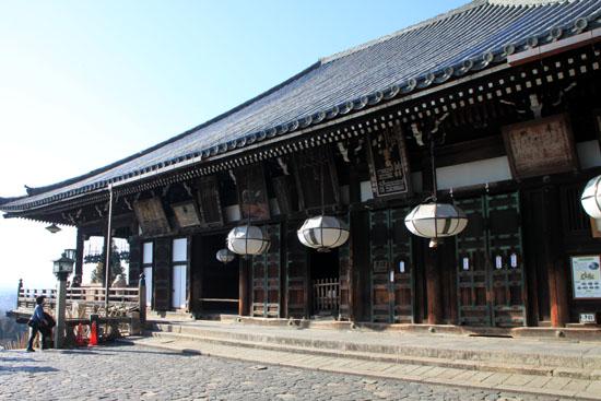 東大寺二月堂_e0048413_17444930.jpg