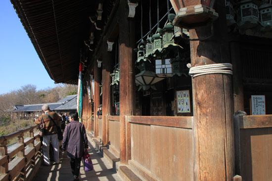 東大寺二月堂_e0048413_17451463.jpg