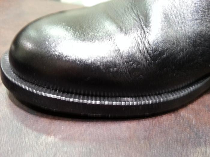 落ち着いた仕上がりの靴クリームです。_b0226322_17225827.jpg