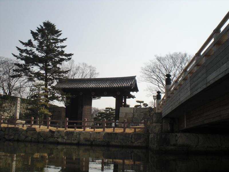 姫路城のお濠に和船 その2 乗ってみた!_c0013687_2315577.jpg