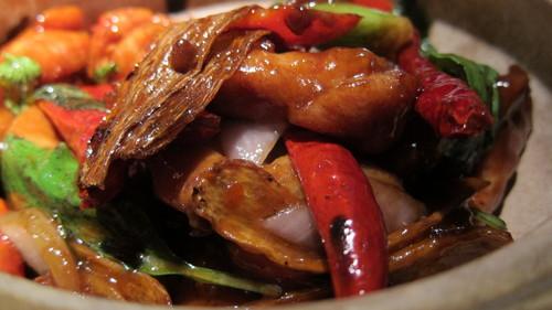 ハイソな中華料理店に行き、バスルーム・レディに焦る_d0240098_0411052.jpg
