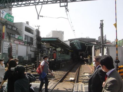 下北沢駅改良工事_c0016913_2201935.jpg