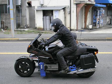 【BMW K100RS + NKオート ロードセイラーⅢ / アールズからウィッシュボーンへ】_e0218639_19513831.jpg