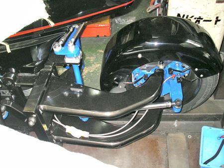 【BMW K100RS + NKオート ロードセイラーⅢ / アールズからウィッシュボーンへ】_e0218639_205121.jpg