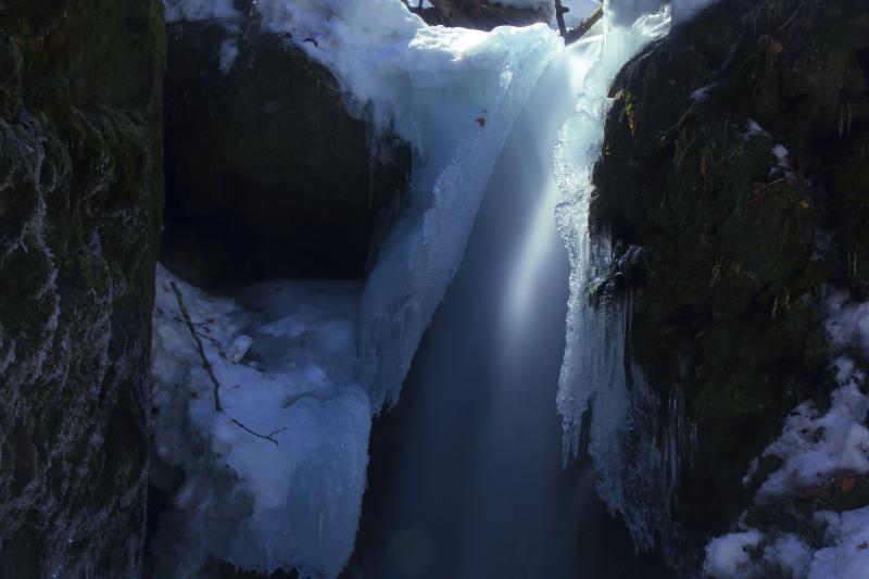 藤沢の滝(2013.03.17)_e0183063_11162784.jpg