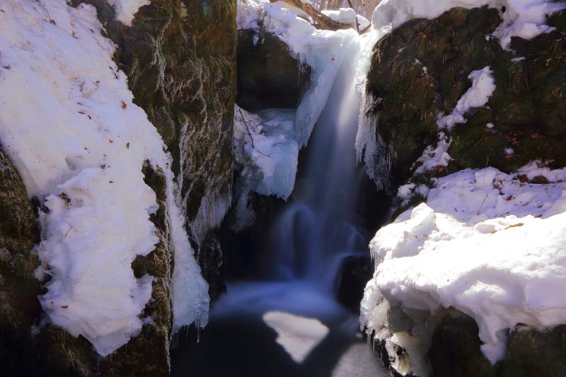藤沢の滝(2013.03.17)_e0183063_11164815.jpg