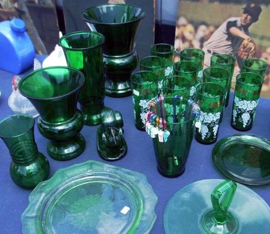 ニューヨークの道端で3ドルで買った陶器が223万ドルに?!_b0007805_20435799.jpg