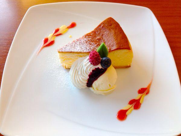 RIZ   CAFE (リズ   カフェ)_e0292546_17571832.jpg