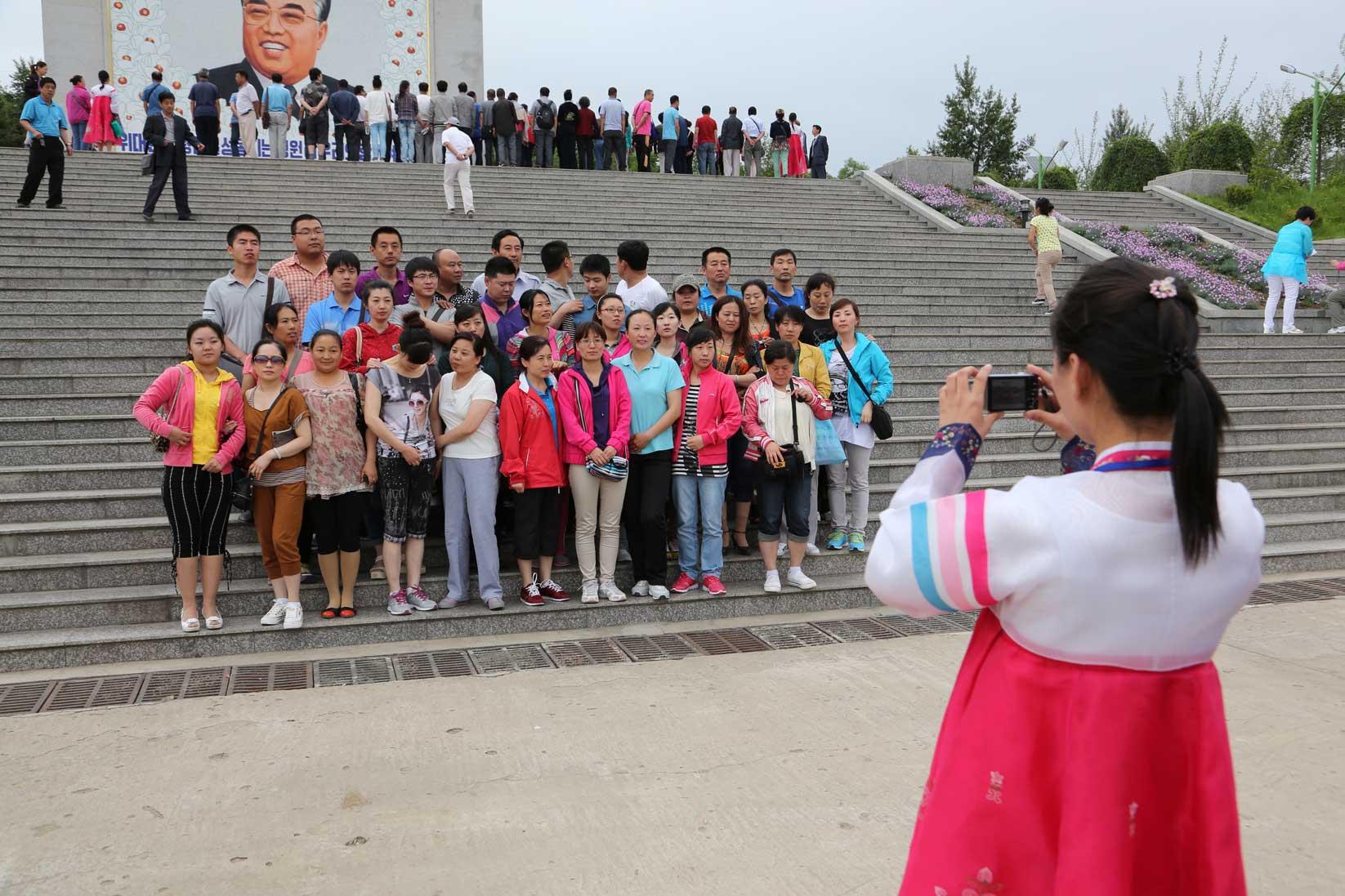 羅先(北朝鮮)で見かけた中国人観光客たち_b0235153_1613229.jpg