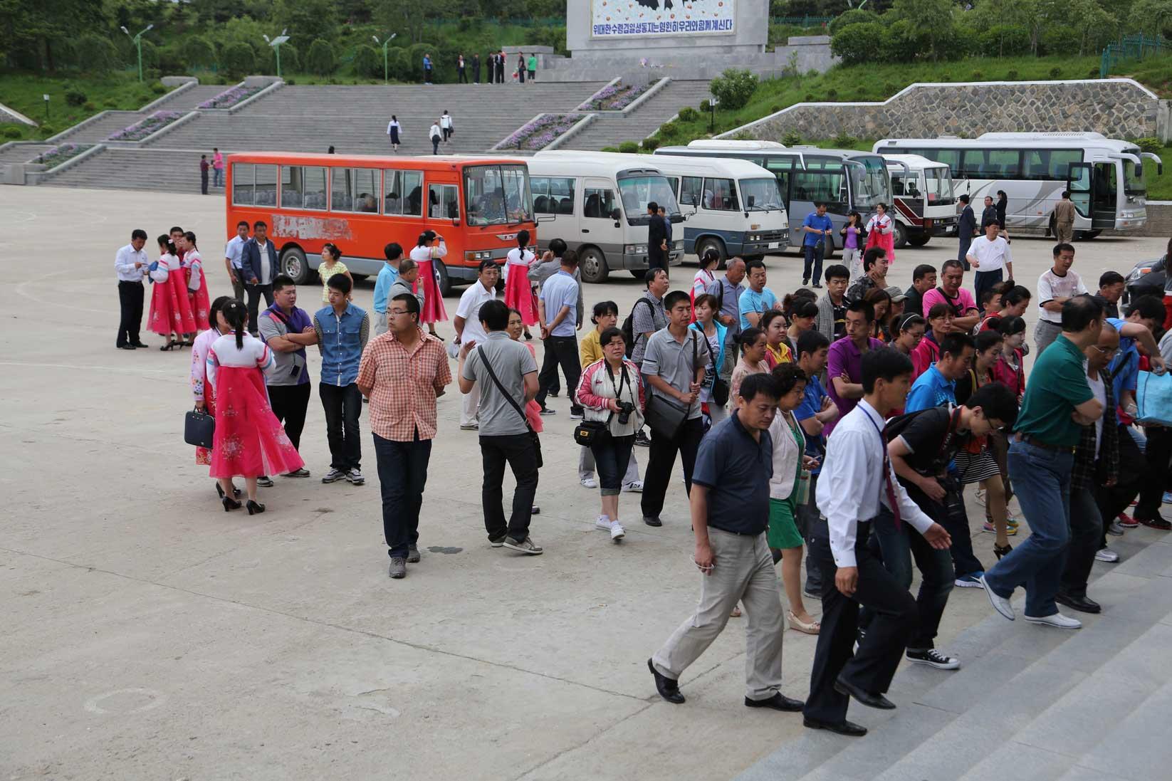 羅先(北朝鮮)で見かけた中国人観光客たち_b0235153_16205243.jpg