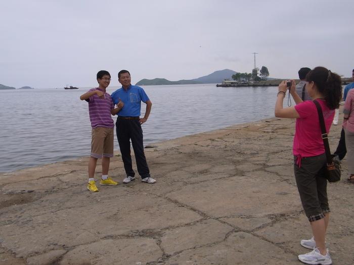羅先(北朝鮮)で見かけた中国人観光客たち_b0235153_16215276.jpg