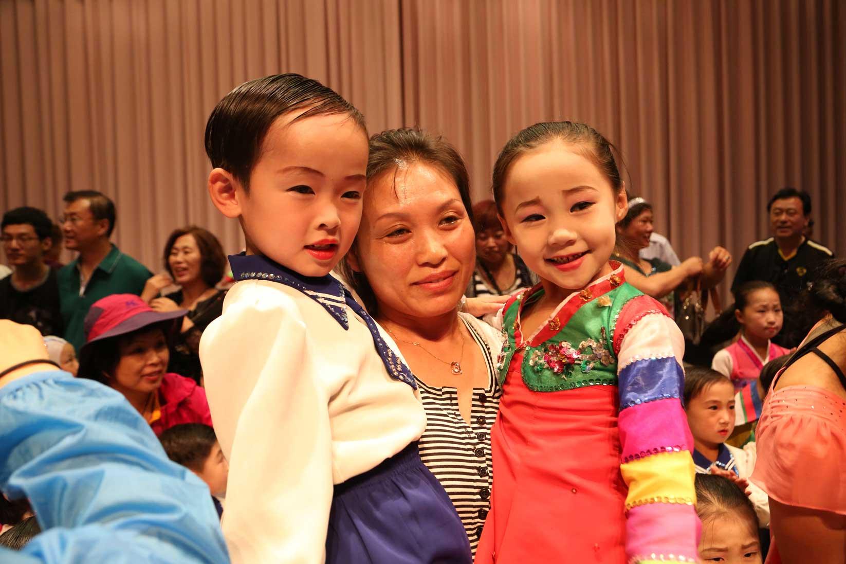 羅先(北朝鮮)で見かけた中国人観光客たち_b0235153_16421293.jpg