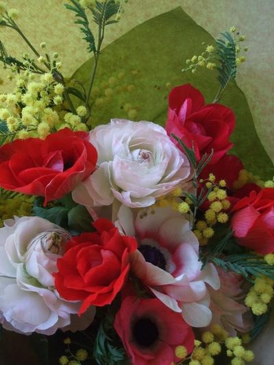 オークリーフ(ミモザを入れた花束)_f0049672_1715065.jpg