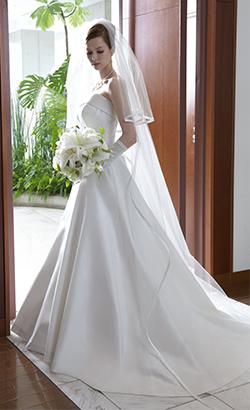 ウェディングドレスの歴史_d0079577_154541.jpg