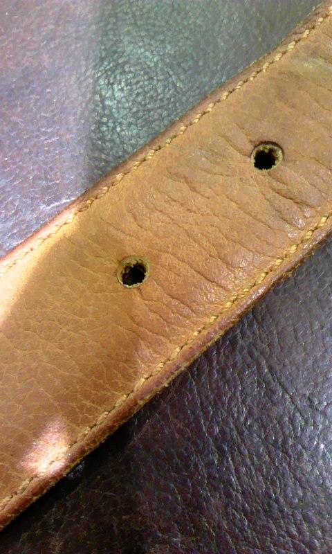 使い込んだ革小物達を労わる、二つのケア用品!_b0226322_17572395.jpg